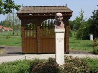 Wéber Ede-szobor
